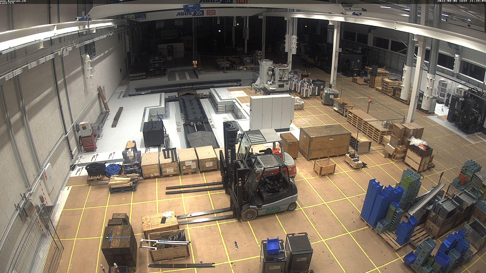 Webcam am Haupteingang - Bild wird alle 5 Minuten aktualisiert.